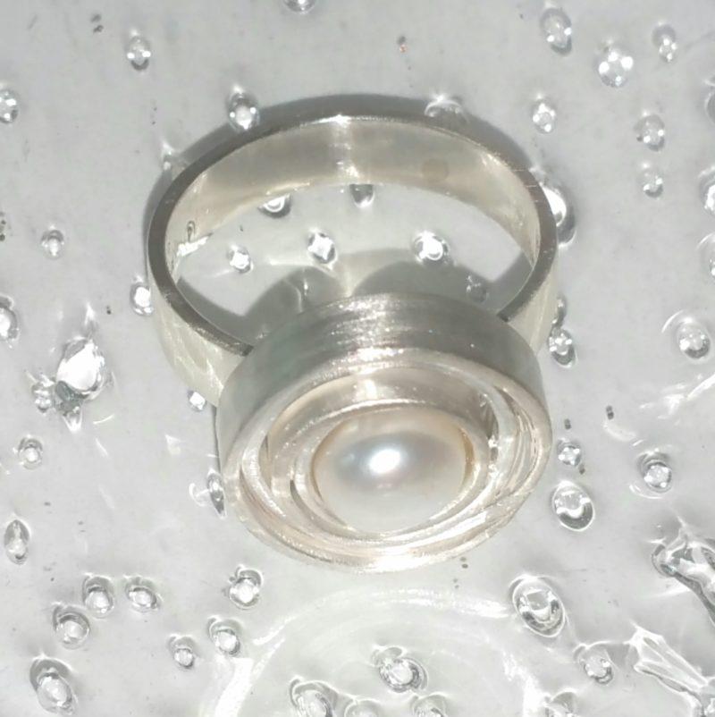 Ausgefallener Perlenring Sterlingsilber mit weißer Perle