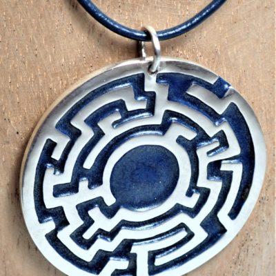 Labyrinth Anhänger Sterlingsilber mit blauem Emaille