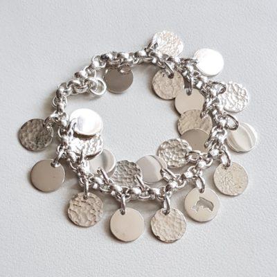 Massives Armband mit gehämmerten und glatten Plättchen Sterlingsilber